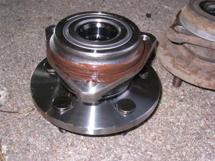 Replacing a Dana 30 Wheel Hub Bearing