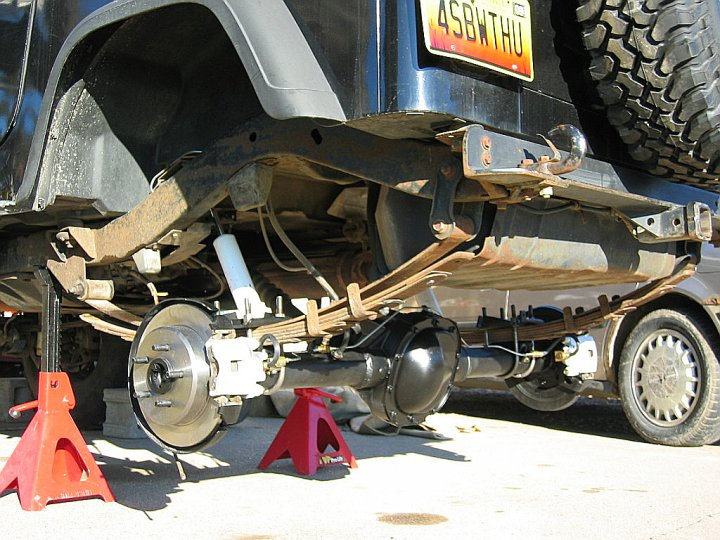 Ford 8 8 Axle in YJ