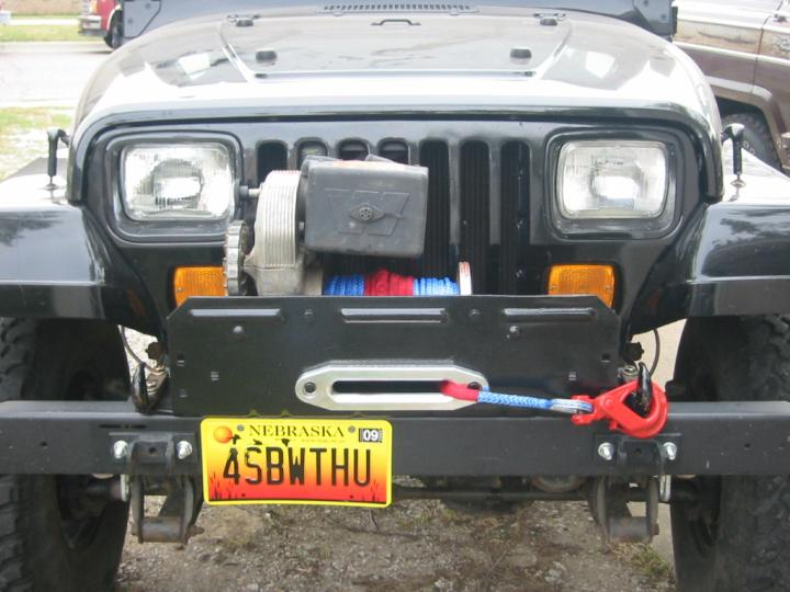 warn 8274 on a yj  (mounted winch photo)