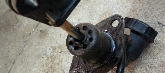 Replacing the clutch master cylinder on a '95 Jeep Wrangler